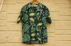 Vintage 60s-70s Hawaii Shirt Paisley Print by SycamoreVintage