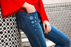 MARRAKECH 2017 #newcollection #springsummer #ss #chiaradalba #marrakech #jeans #bluejeans #denim #skinny #application #tasche #strass #semplicità #woman #outfit #oodd #outfitoftheday #rose #fiori #flower #elegants  #casual #red #camicetta