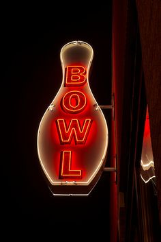 Bowl, neon sign in Seattle, WA