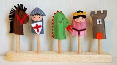 LaRoba: Marionetas de mano, de dedo, varitas y coronas de fieltro... ¿Algo más?