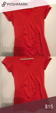 Zella medium top Never worn Zella Tops Tees - Short Sleeve