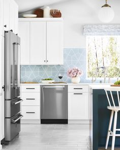 A Neutral Kitchen With Pretty Shades Of Blue Kitchendesign Home Homedecor