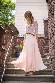 Resultado de imagem para pleated skirt looks