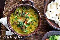 Just Try & Taste: Empal Gentong a la Just Try & Taste Indonesian Food, Indonesian Recipes, Cirebon, Asian Recipes, Ethnic Recipes, Curry, Yummy Food, Drink, Curries
