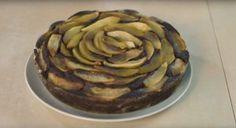 TORTA SOFFICE PERE E CIOCCOLATO, ricetta facilissima per un dolce classico goloso! Pere e cioccolato sono un abbinamento perfetto usato in tanti dolci...