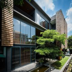 Image 1 of 34 from gallery of WSS Residence / seARCHOFFICE. Photograph by Weerapon Singnoi