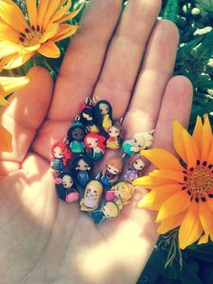 Princess Disney charm inspired only by CandyDesignCrea on Etsy Fimo Disney, Polymer Clay Disney, Disney Charms, Cute Polymer Clay, Cute Clay, Polymer Clay Miniatures, Polymer Clay Charms, Geeks, Disney Wedding Rings