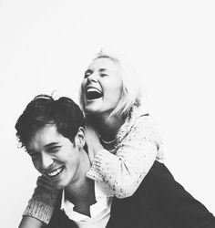 Bild über We Heart It https://weheartit.com/entry/167646692/via/14136692 #blackandwhite #couple #cute #happiness #love #lovely #perfection #smile