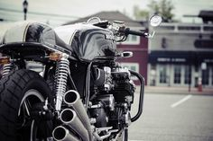 Six Appeal - Honda CBX1000 Cafe Racer ~ via returnofthecaferacers.com