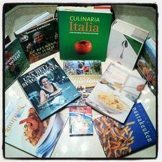 Good Things From Italy: Wat eten we vandaag? Eens kijken in onze #Italiaanse #Kookboeken...