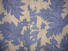 Island Traditions Blue & Tan Floral Hawaiian Shirt Size Large