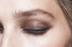 style | beauty & makeup - eye makeup at DVF SS15 NYFW