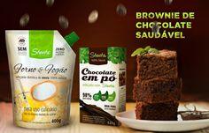 Brownien de chocolate. Ingredientes • 3 xícaras de bebida vegetal; • 4 colheres de sopa de óleo de gisassol; • 2 ovos caipiras; • 2 xícaras de farinha de arroz; • 1 ½ xícara de semente de chia; • 1 colher de sopa de Stevita Forno e Fogão; • 1 colher de sopa de fermento em pó; • 1 ½ xícara de Chocolate em Pó Diet Stevita;