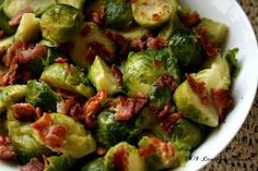 "24/7 Low Carb Diner: Bacon Brown ""Sugah"" Brussels Sprouts! 24/7 Low Carb Diner: Bacon Brown ""Sugah"" Brussels! 14 ounces frozen brussel sprouts; 3 slices bacon; 1 cup chicken broth; 1 tbsp brown sugar substitute; 1/2 tsp salt; 1 tbsp butter. Partially cook frozen Brussels in the microwave oven for 3 minutes. Cut each sprout in half. Fry bacon until crisp. Place bacon on plate to cool & pour drippings into a saucepan. To saucepan, add broth, sugar substitute & salt..."