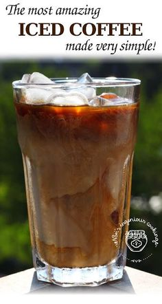 Nóri's ingenious cooking: Cold brewed iced coffee.  I really want to try this.  I've heard that it's the best.