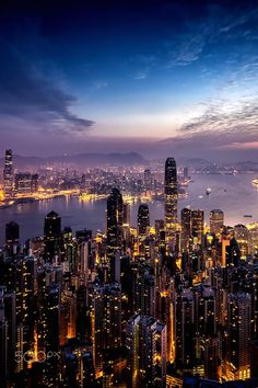"italian-luxury: ""Sunrise over Hong Kong by Andy Luten "" Motivation Hall. Welcomes Andy Luten. Sharing,""Sunrise Over Hong Kong""! With inspired reaction. Ringing the gong& New York Wallpaper, City Wallpaper, City Aesthetic, Travel Aesthetic, Foto Glamour, City Vibe, New York Life, Dream City, Night City"