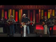 """Alan Jackson - """"It's 5 O'clock Somewhere"""" Live at the Grand Ole Opry"""