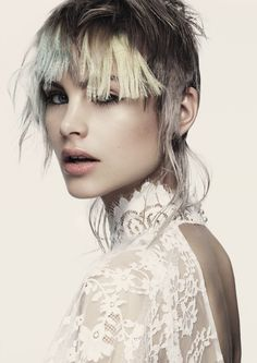 Hyper contrastées, ultra connectées, coupes et couleur extrême. Photo : Malisa Masci – Finalist – 2016 AHFA Victorian Hairdresser of the Year © Andrew O'Toole