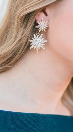 These sparkling gold earrings are the perfect Christmas gift idea for women under $40! See these Baublebar gold Celestial Drops earrings styled by fashion blogger Ashley Brooke Nicholas in a classy fall outfit idea when you click through this pin.