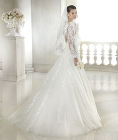 Style * SHAVONNE * » Wedding Dresses » Glamour 2015 Collection » by San Patrick (back)