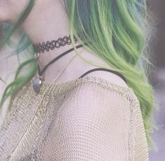 Imagen de hair, green hair, and green Grunge Fashion, Teen Fashion, Hair Inspo, Hair Inspiration, Style Grunge, Coloured Hair, Dye My Hair, Hair Blog, Hipster