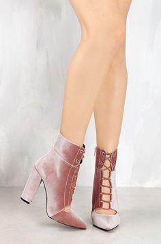 Lola Shoetique - Alluring Gaze - Mauve Velvet, $33.99 (http://www.lolashoetique.com/alluring-gaze-mauve-velvet/)