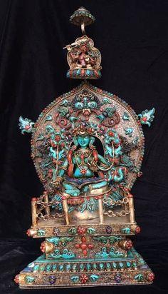 Amulette Gau Bouddha en Nepal avec Turquoise et Corail Grande Tibet