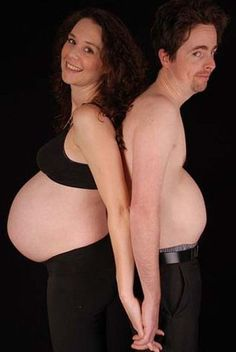 THE 50 MOST AWKWARD PREGNANCY PORTRAITS... This is why I REFUSED to ever do these... I really think these people thought these were good ideas...WOW
