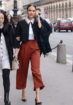 Jessica Alba on Her Way to the Dior Fashion Show in Paris Fashion Week, Fashion Show, Dior Fashion, Personal Branding, Jessica Alba Style, Dressed To The Nines, Latest Outfits, Look Chic, Red Carpet Fashion