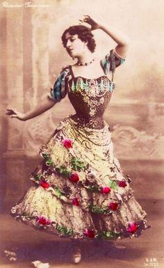 Vintage Gypsy, Vintage Love, Vintage Beauty, Vintage Ladies, Vintage Fashion, Vintage Colors, Vintage Flowers, Vintage Burlesque, Vintage Corset