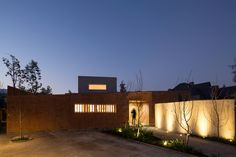 Gallery of House between Courtyards / Enrique Browne   Tomás Swett - 6