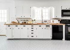 Renovate Your Rental Floor - The Best Temporary DIY makeover. | quadrostyle, floor makeover diy, floor diy budget, floor stickers kitchen, peel and stick floor tiles