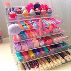 Makeup organization diy ideas lip balm 67 Ideas for 2019 Makeup Storage, Makeup Organization, Rangement Makeup, Make Up Organizer, Pinterest Makeup, Makeup Rooms, Cute Makeup, Makeup Stuff, Aesthetic Makeup