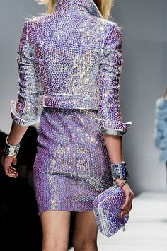 fffashionbomb:    I seem to have a soft spot for sparkly things