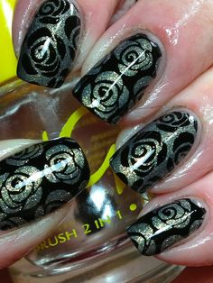 Canadian Nail Fanatic: Black Roses for Valentines