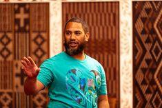 A New Napier Cultural Walking Tour in Town - Koru Enterprises Maori Symbols, Best Airlines, Air New Zealand, Peaceful Places, Walking Tour, Tour Guide, Tours, Culture, Mens Tops