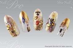 "Klimt nails can be seen in ""Maximalism"" (2)"