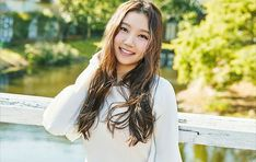 Sungyeon South Korean Girls, Korean Girl Groups, Pledis Girlz, Pledis Entertainment, Bae, Dreadlocks, Long Hair Styles, Beauty, Kpop