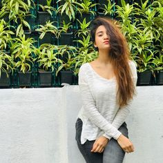 Green was the silence, wet was the light, the month of July trembled like a butterfly. Girl Photo Poses, Girl Photography Poses, Girl Pictures, Girl Photos, Teen Celebrities, Bollywood Girls, Bollywood Actress, Teen Actresses, Stylish Girl Pic