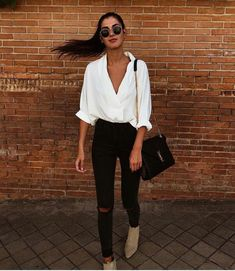 35 Stylish Streetwear Outfits For Women To Look Gorgeously Fashionable - Page 3 of 3 - Style O Check Mode Outfits, Winter Outfits, Summer Outfits, Casual Outfits, Fashion Outfits, Womens Fashion, Fashionable Outfits, Fashion Trends, Office Outfits