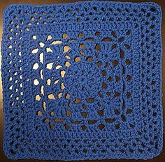Wheel Lattice - crochet square (with 7 & options). Join together for baby blankets, throws, bedspreads. Free pattern from Dayna's Crochet. Crochet Squares Afghan, Crochet Motifs, Granny Square Crochet Pattern, Crochet Blocks, Crochet Granny, Crochet Stitches, Free Crochet, Knit Crochet, Crochet Patterns