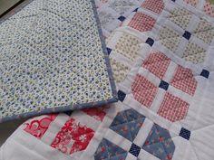 DEKA ČTYŘLÍSTKOVÁ PRO HOLČIČKU Quilts, Blanket, Scrappy Quilts, Quilt Sets, Quilt, Rug, Blankets, Log Cabin Quilts, Cover