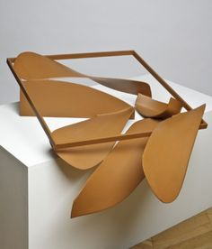 YaleNews | Exhibition: 'Caro: Close Up'