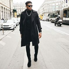 Winter Outfits Men, Stylish Mens Outfits, Black Timberland Outfits, Black Outfit Men, Gorgeous Black Men, Look Blazer, King Fashion, Look Man, Classy Men