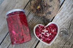 Salată picantă de sfeclă roșie rasă pentru iarnă - rețeta veche de familie | Savori Urbane Canning Recipes, Easy Meals, Urban, Food, Ideas, Lamb, Chef Recipes, Cooking, Essen