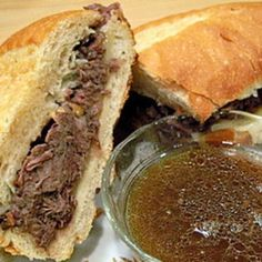 ❤Easy Crock Pot French Dip, use 1/2 broth and 1/2 beer