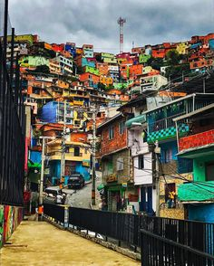 Medellin's creative transportation networks has helped give opportunity to the underprivileged of the city. Cities In South America, Columbia South America, Latin America, Most Beautiful Cities, Beautiful Places To Visit, Cool Places To Visit, Vacation Trips, Travel Around The World, City