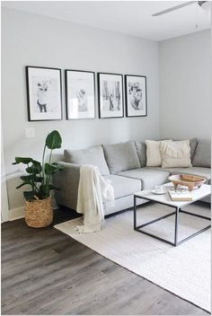small living room decor interior design tips for small spaces Interior Design Minimalist, Interior Design Tips, Minimalist Decor, Interior Decorating, Small Home Interior Design, Small Space Decorating, Modern Minimalist Living Room, Modern Design, Small Apartment Decorating