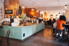 6 Unbelievable Tips: Coffee Break Sencillo coffee lover latte.Cup Of Coffee Cozy. Coffee Shop Design, Cafe Design, Interior Design, Bakery Cafe, Cafe Restaurant, Coffee Cozy, Coffee Break, Cute Coffee Shop, Night Coffee