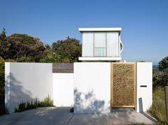 Seacliff House by Chris Elliott Architects/Sydney